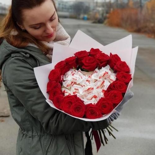 Сладкое сердце из роз