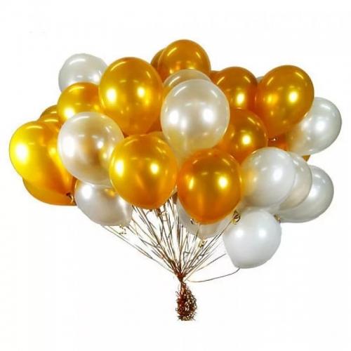 Облако из золотых и серебристых шаров