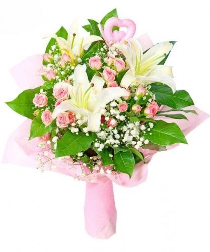 Лилии и розы к празднику