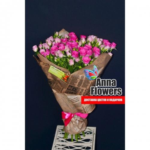 Букет из розовой кустовой розы спрей