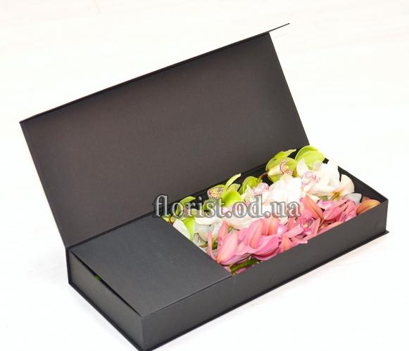 Цветы в коробке-22