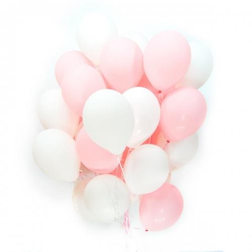 Облако шаров белого и розового цвета