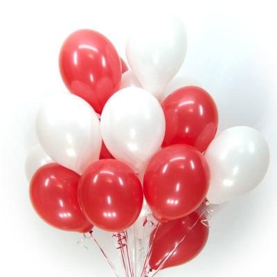 Облако из красных и белых шаров